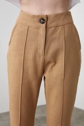TRENDYOLMİLLA Camel Dikiş Detaylı Düz Kesim Pantolon TWOSS20PL0008 2