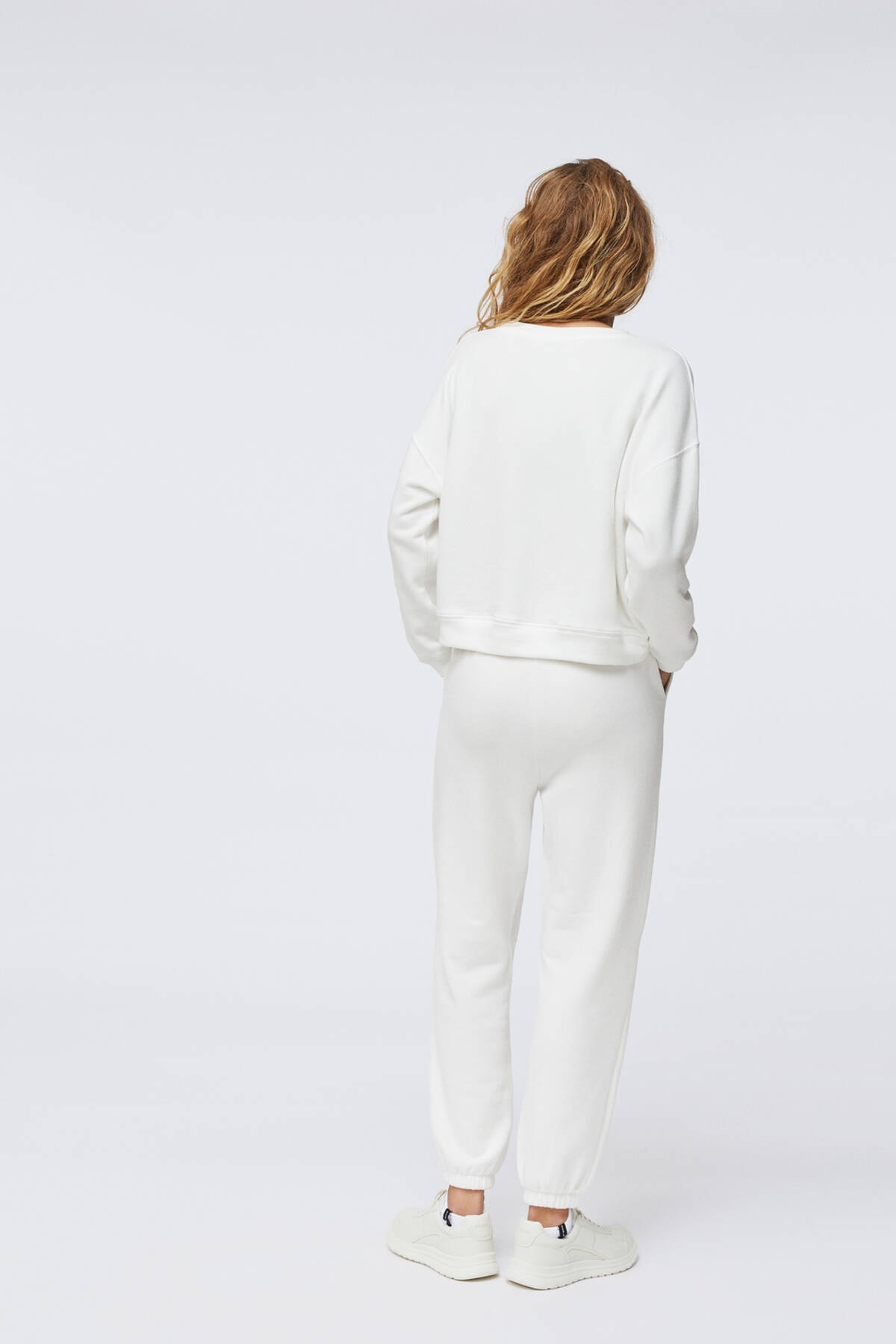 Oysho Kadın Ekru Pamuklu Sweatshirt 4