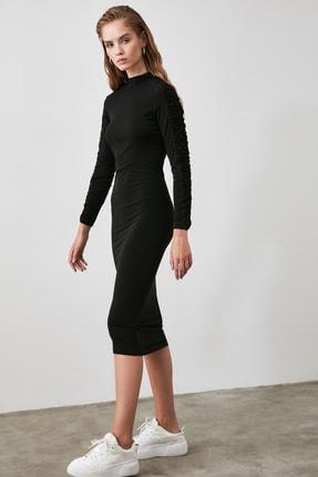 TRENDYOLMİLLA Siyah Büzgü Detaylı Dik Yaka Örme Elbise TWOAW21EL0236 0