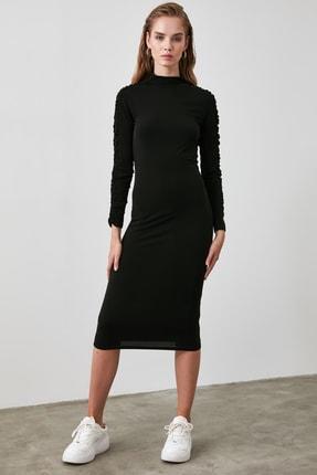 TRENDYOLMİLLA Siyah Büzgü Detaylı Dik Yaka Örme Elbise TWOAW21EL0236 2