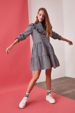 TRENDYOLMİLLA Çok Renkli Kareli Elbise TWOAW21EL0629 1