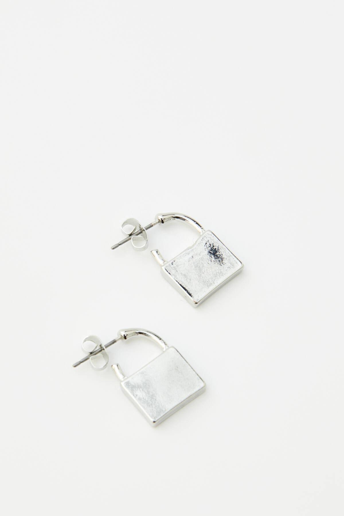 Pull & Bear Kadın Gümüş Sembol Ve Asma Kilit Küpe Seti 09996375 1