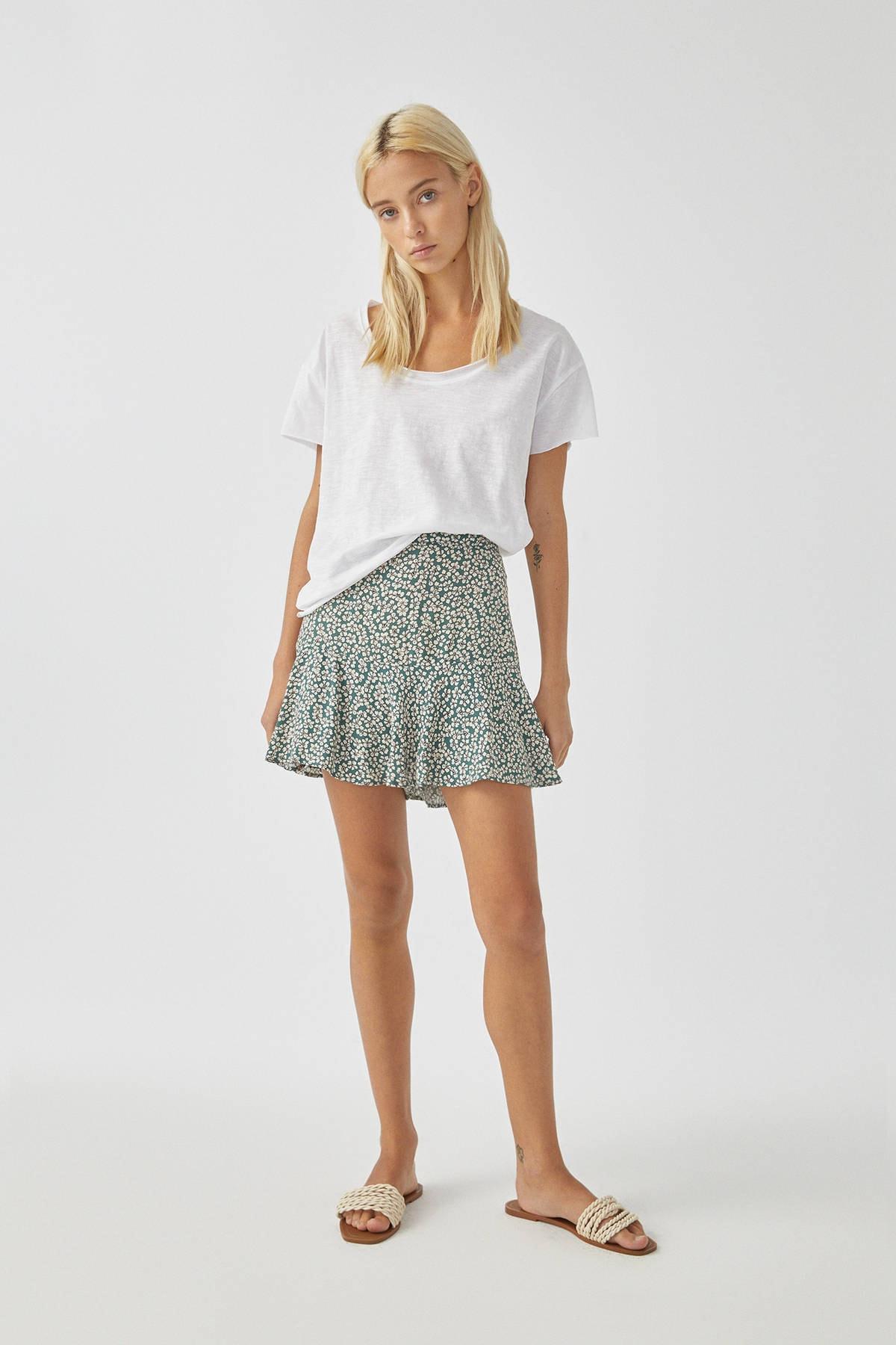 Pull & Bear Kadın Beyaz Biyeli Dikişli Basic T-Shirt 05236307 1