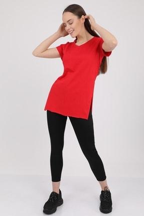 MD trend Kadın Kırmızı V Yaka Yırtmaçlı Kısa Kol Pamuklu T-Shirt Mdt3025 1