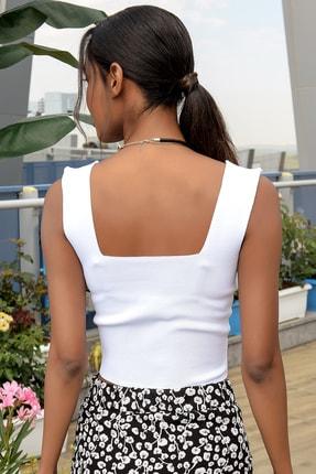 Trend Alaçatı Stili Kadın Beyaz Kare Yaka İnce Merserıze Bluz ALC-7122 2