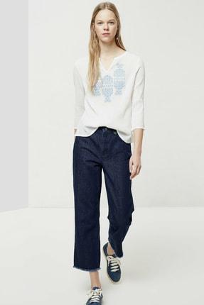 Yargıcı Kadın Kırık Beyaz Nakış Detaylı Bluz 0YKGM6109X 2