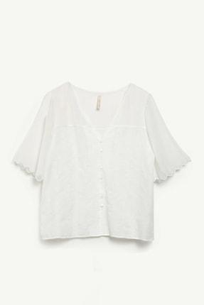 Yargıcı Kadın Beyaz Şifon Detaylı Bluz 0YKGM6162X 1