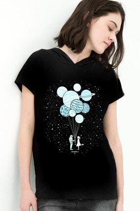تصویر از Balon Gezegenler Siyah Kapşonlu Kısa Kollu Kadın T-shirt