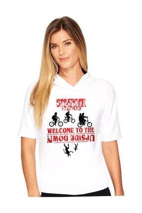تصویر از Bisikletli Stranger Things Beyaz Kapşonlu Kısa Kollu Kadın T-shirt