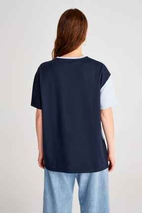 TRENDYOLMİLLA Mavi Renk Bloklu Boyfriend Kalıp Örme T-Shirt TWOSS19GS0048 3