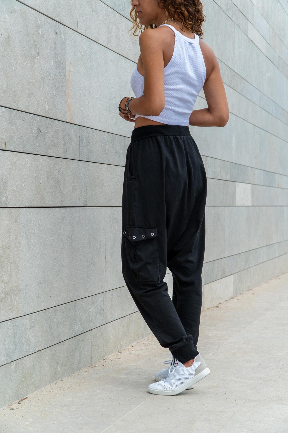 Güneşkızı Kadın Siyah Yıkamalı Zımbalı Cepli Beli Lastikli Şalvar Pantolon GK-RSD2002 2