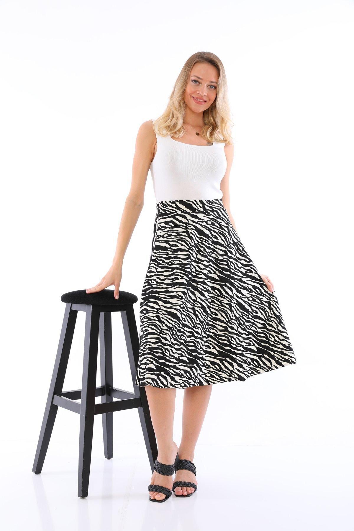 Zebra Likralı Etek