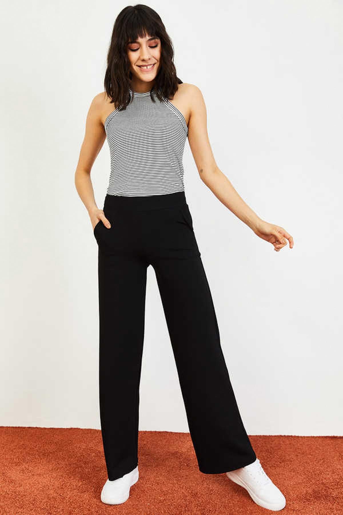 Kadın Siyah Beli Lastikli Bol Paça Pantolon 10031052