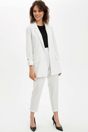 Defacto Kadın Beyaz Regular Fit Blazer Ceket N3733AZ.20SP.WT34 1