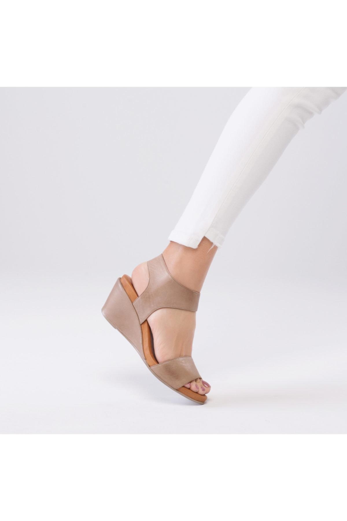 Hakiki Deri Pietra Ortopedik Sandalet Kum