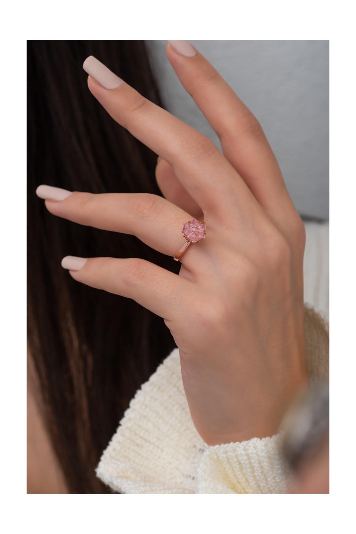 Pembe Taşlı Lotus Çiçeği Kadın Yüzüğü Ayarlanabilir Rose Gold Kaplama 925 Ayar Gümüş Uvps400053