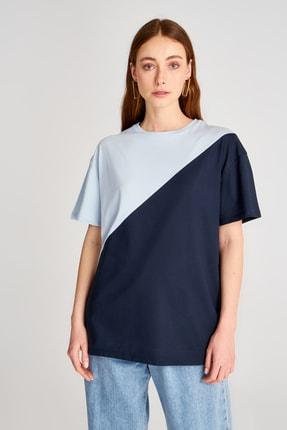TRENDYOLMİLLA Mavi Renk Bloklu Boyfriend Kalıp Örme T-Shirt TWOSS19GS0048 1
