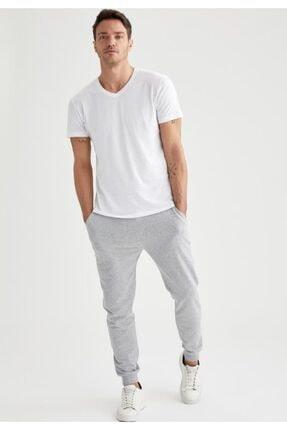 Defacto Erkek Beyaz Slim Fit V Yaka Basic Premium Kalite Tişört 1