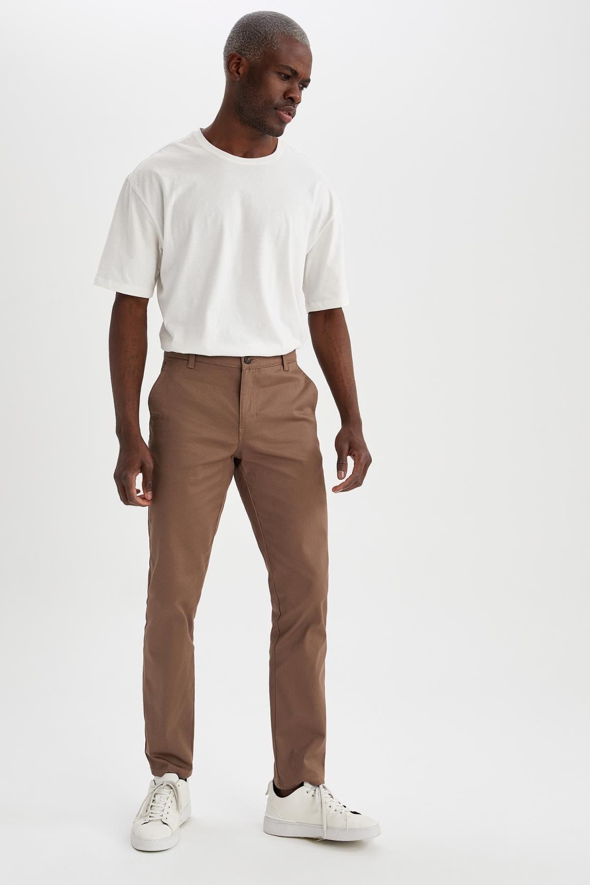 Regular Fit Basic Chino Pantolon