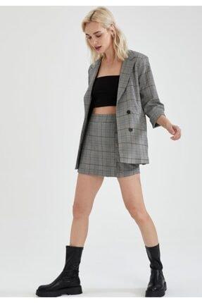 Defacto Kareli Oversize Fit Yarım Kollu Blazer Ceket 1