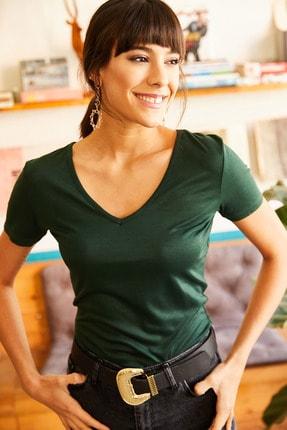 Olalook Kadın Haki Sırtı Çapraz Detaylı T-Shirt TSH-19000483 2
