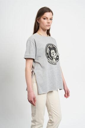 Tena Moda Kadın Gri Eskitme Mickey Mouse Baskılı  T-Shirt 1