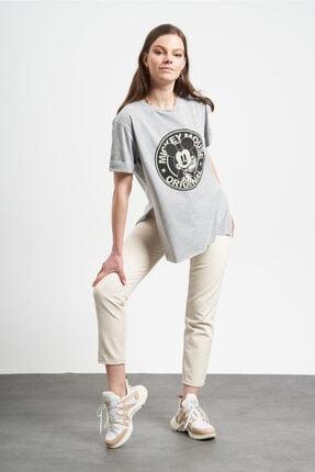 Tena Moda Kadın Gri Eskitme Mickey Mouse Baskılı  T-Shirt 3