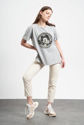 Tena Moda Kadın Gri Eskitme Mickey Mouse Baskılı  T-Shirt 4