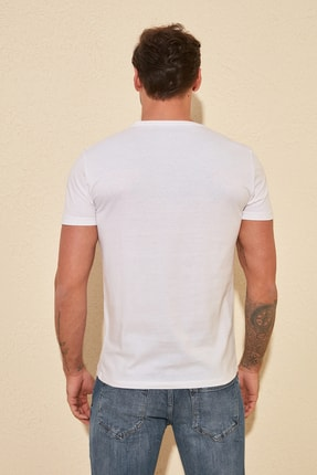 TRENDYOL MAN Beyaz Basic Erkek Slim Fit V Yaka Kısa Kollu T-Shirt TMNSS19BO0002 3