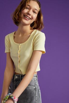 Defacto Kadın Ekru Kare Yaka Düğme Detaylı Kısa Kollu Crop T Shirt 0