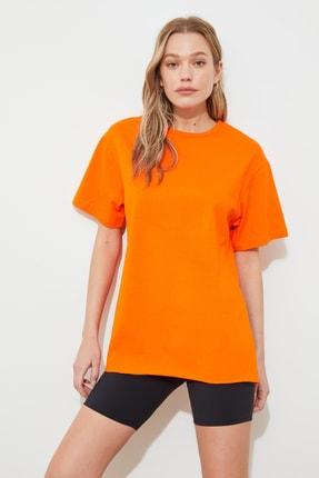TRENDYOLMİLLA Turuncu Nakışlı Boyfriend Örme T-Shirt TWOSS20TS0311 4