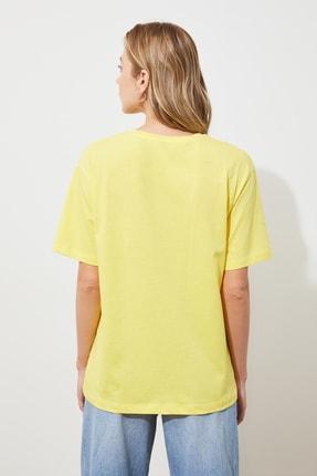TRENDYOLMİLLA Sarı Nakışlı Boyfriend Örme T-shirt TWOSS19IS0051 4