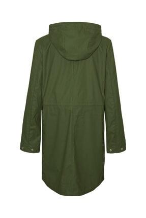 Vero Moda Kadın Yeşil Kapüşonlu Büzgülü Yağmurluk 1
