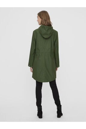 Vero Moda Kadın Yeşil Kapüşonlu Büzgülü Yağmurluk 3