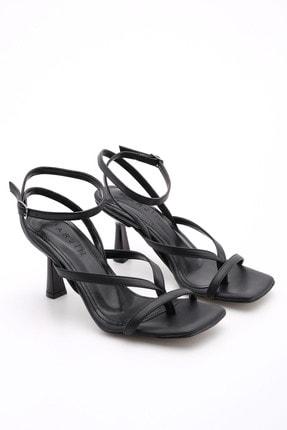 Marjin Kadın Parmak Arası Topuklu Sandalet Bitesiyah 3