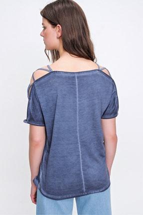 Trend Alaçatı Stili Kadın İndigo Omuz Dekolteli Yıkamalı Bluz MDA-1171 3
