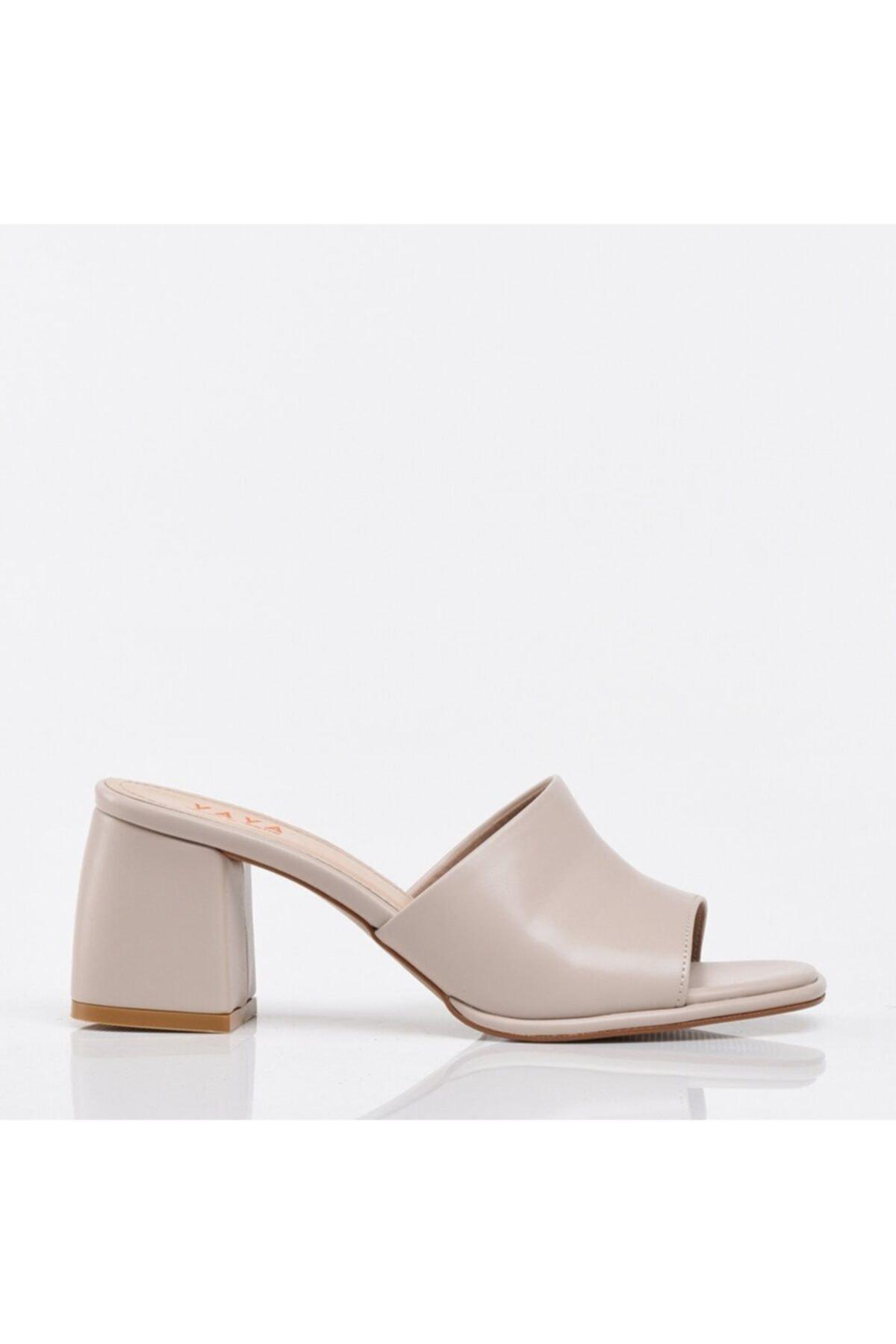 Kemik Yaya Kadın Sandalet & Terlik