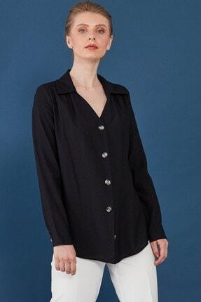Journey Kadın Siyah Yaka Omuz Büzgü Detaylı Önden Düğmeli Bluz 1