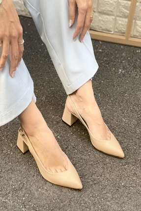 İnan Ayakkabı Kadın Bej Sivri Burun Arkası Açık Topuklu Ayakkabı 1
