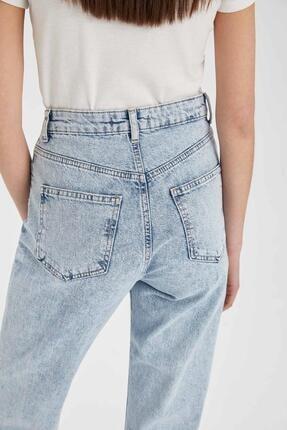 Defacto Mom Fit Yırtık Detaylı Jean Pantolon 4
