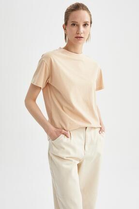 Defacto Kadın Bej Relax Fit Basic Tişört 4