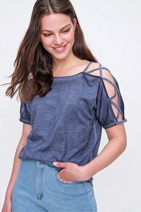 Trend Alaçatı Stili Kadın İndigo Omuz Dekolteli Yıkamalı Bluz MDA-1171 1