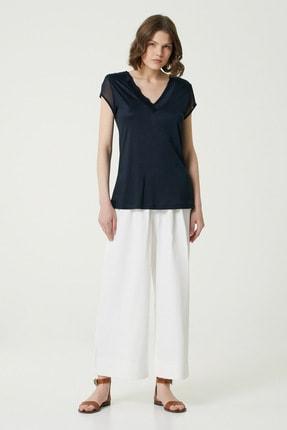 Network Kadın Slim Fit Lacivert V yaka Şifon Garnili T-shirt 1078479 2