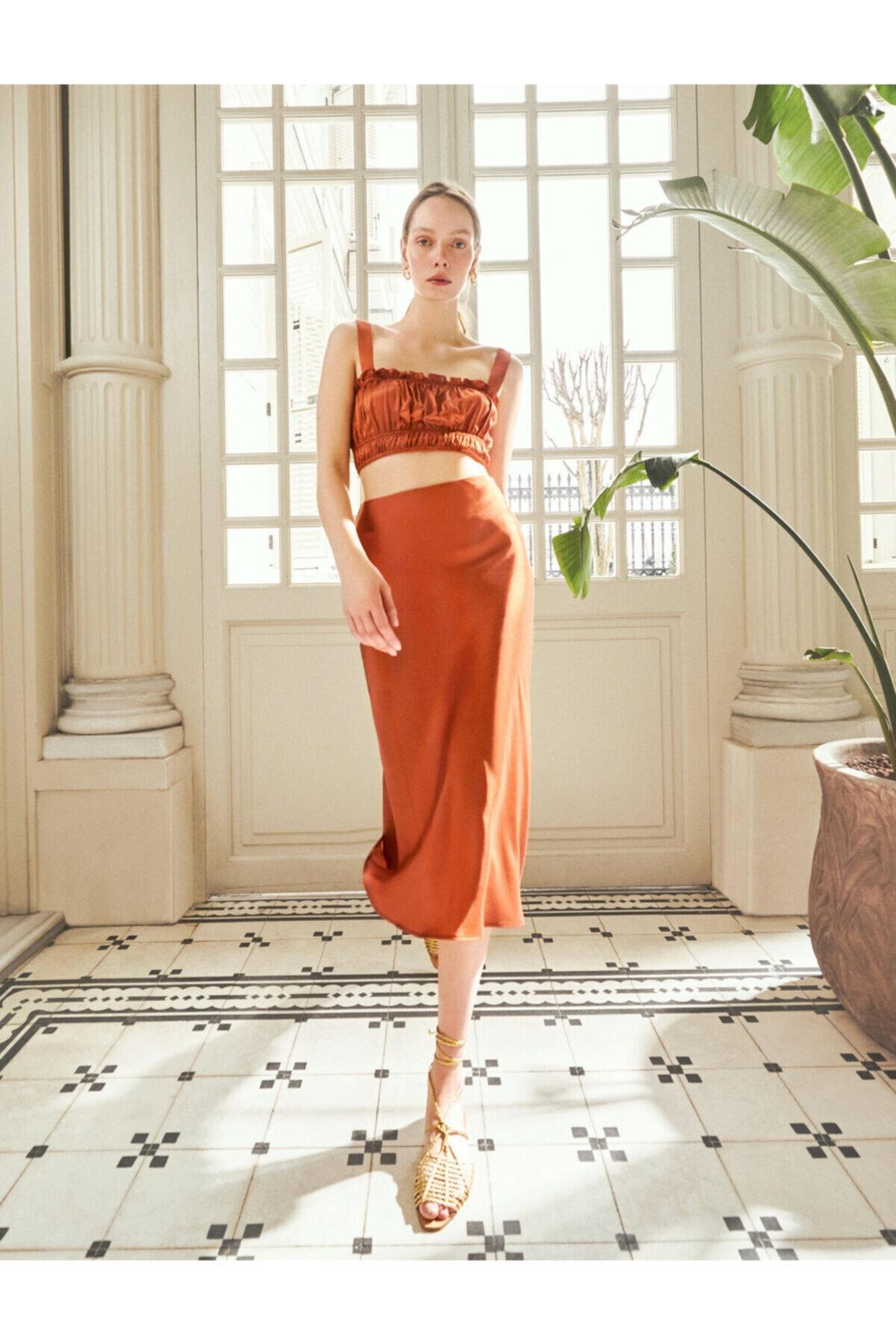 Kadın Kahverengi Midi Saten Skirtly Yours Styled By Melis Agazat Etek
