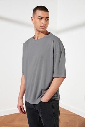 TRENDYOL MAN Gri Basic Erkek Oversize Bisiklet Yaka Kısa Kollu T-Shirt TMNSS21TS0811 1