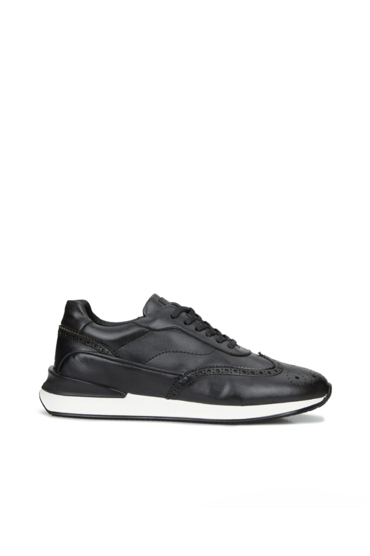 Erkek Siyah Delik Dokulu Sneaker