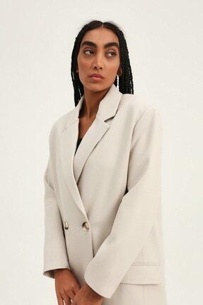 Quzu Kadın Taş Kruvaze Yaka Blazer Ceket 3