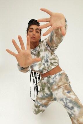 Quzu İKadın ndigo Batik Desenli Nakışlı Sweatshirt 1