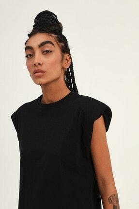 Quzu Kadın Siyah Vatkalı Kolsuz Basic Tişört 1