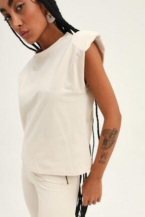 Quzu Kadın Açık Bej Vatkalı Kolsuz Basic Tişört 2